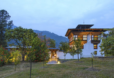 Punakha_Lodge_Exterior_Night_High_Res_9853